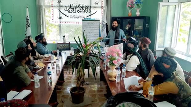 Талибан захватил столицы провинций Фарах и Баглан