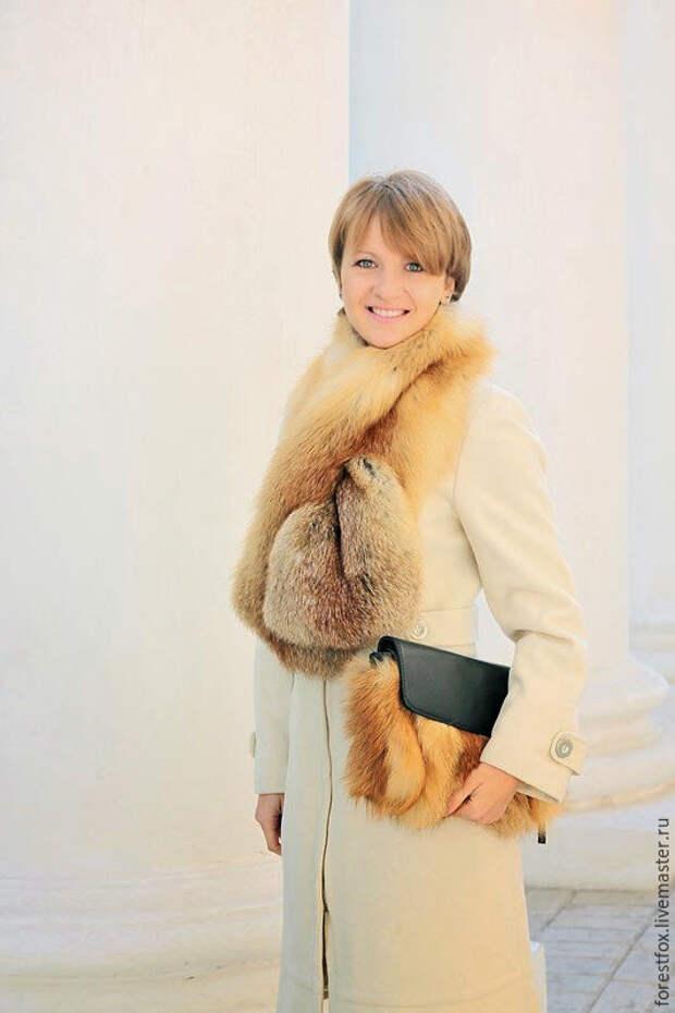 Меховой шарф из лисы – купить на Ярмарке Мастеров – 7A0CZRU | Шарфы, Москва