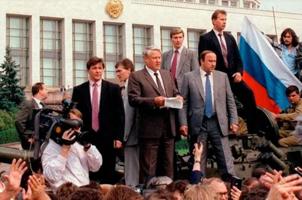 Ельцин или Путин: сравним итоги их работы