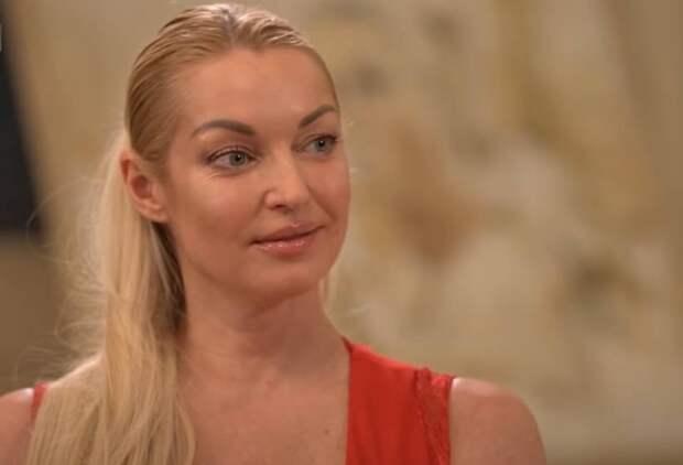 Волочкова рассказала о принуждении к интиму в Большом театре