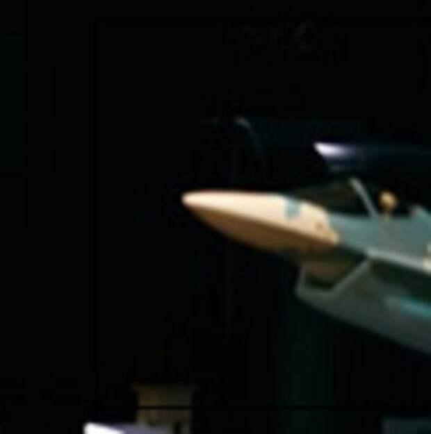 ВСША обеспокоены фото российского однодвигательного истребителя набазе Су-57