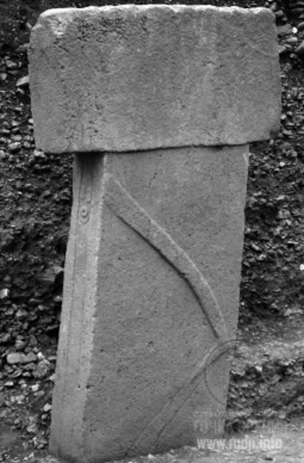 Сооружение D. Столб №18 Гёбекли-Тепе