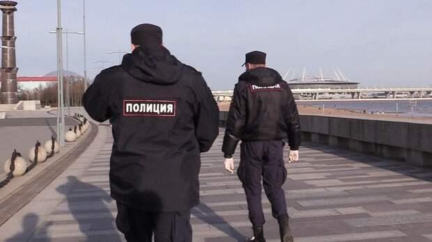Рецидивист в Петербурге взял в заложники мать с ребенком после неудачного ограбления