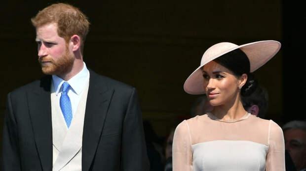Интервью принца Гарри об отце расстроило королеву Елизавету II