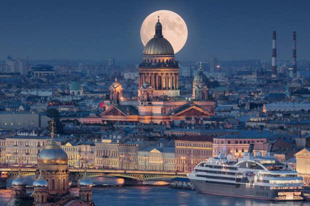 Комитет по образованию Санкт-Петербурга заботиться о себе, но не о школьниках