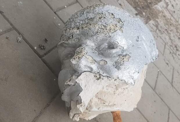 На Кубани завели дело об обезглавленном памятнике Ленину