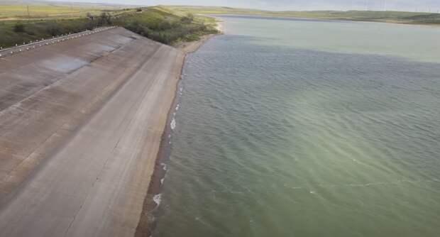 Названы плюсы и минусы спасительного забора воды через Северо-Крымский канал