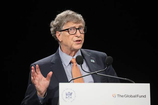 WSJ: Гейтс ушел из Microsoft из-за романа с подчиненной