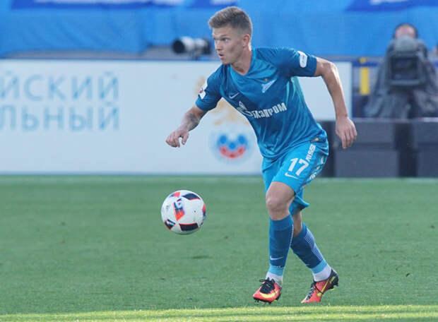 Приходил пьяным на тренировку «Анжи», ругался с Дзюбой, отказался от перехода в «Сочи», сейчас играет в «Рубине»