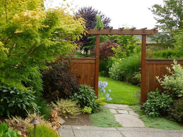 Современный Сад by Simply Garden Design LLC