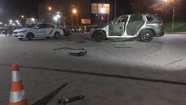 Вукраинском Ивано-Франковске расстреляли изгранатомета BMW Х5