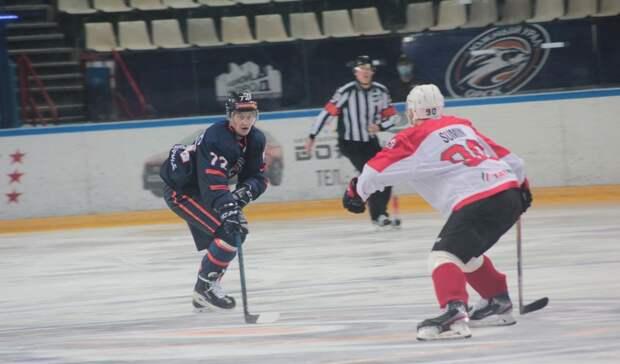 Девятое поражение подряд: ХК «Южный Урал» на выезде уступил «Нефтянику»