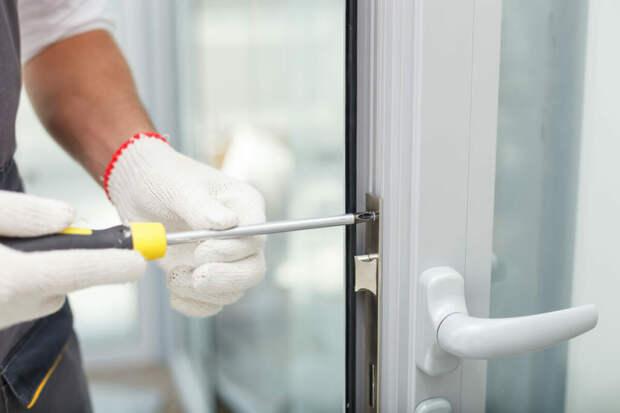 Какие именно работы входят в ремонт окон?
