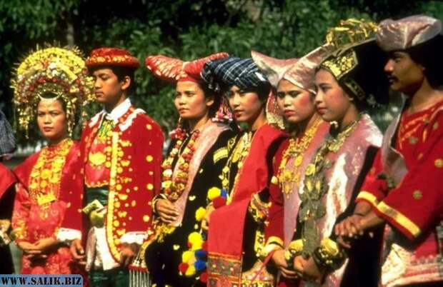 Минангкабау: необычный народ, который считает, что мужчины нужны только для размножения и работы