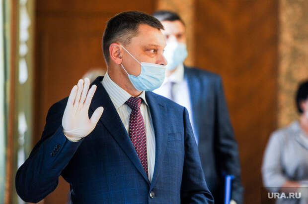 Челябинские депутаты меняют формат сессии из-за болезни коллеги