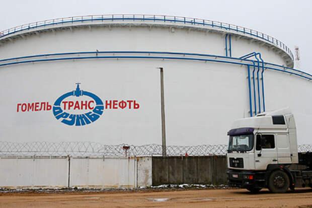 Польша вслед за Белоруссией затормозила прокачку российской нефти