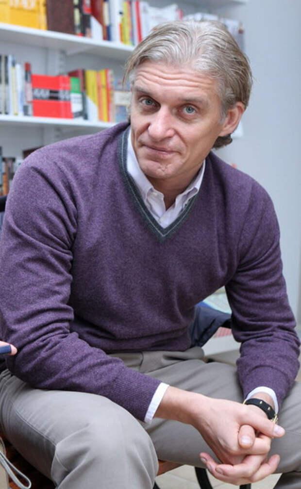 У Олега Тинькова отросли волосы после химиотерапии