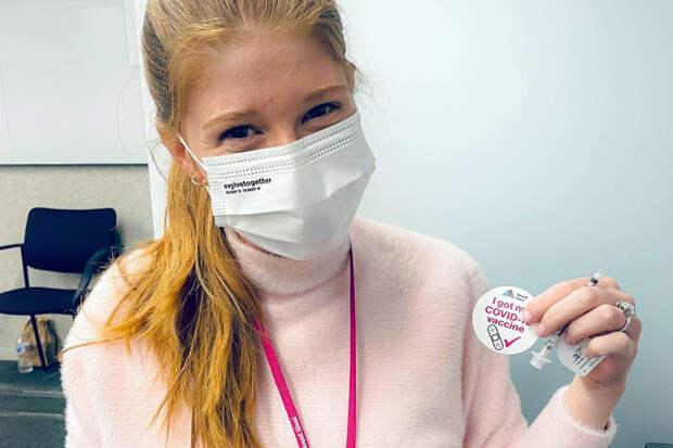 Дочь Билла Гейтса затронула тему «чипирования» вместе с вакциной от COVID-19