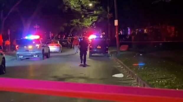 В США неизвестный расстрелял на вечеринке 18 человек
