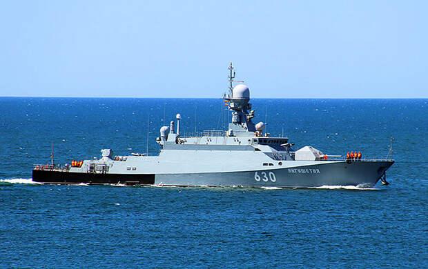 Адмирал ВМС США намекнул Украине, что у нее нет шансов в случае конфликта с Россией
