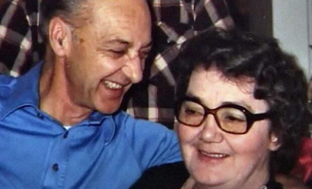 Женщина жила 35 лет с мужем и не догадывалась, что он взял себе фамилию и личность другого человека