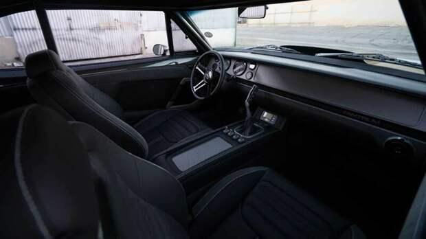 Друзья Вин Дизеля подарили ему эксклюзивный и очень мощный Dodge Charger