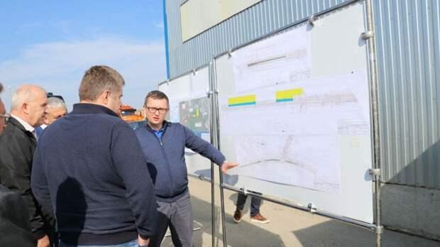 Руководитель Федерального дорожного агентства Роман Новиков посетил Феодосию