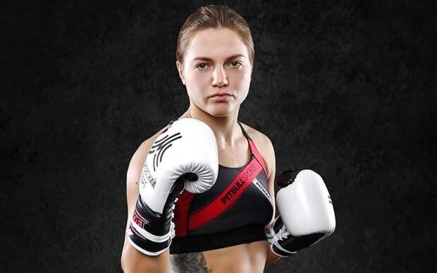 «Иди за плиту», «Найди мужика». Первая русская девушка-боец BKFC перечислила советы недоброжелателей