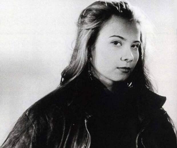14 архивных фото знаменитостей: свадьба Есенина и Дункан, юность Кобзона и другие