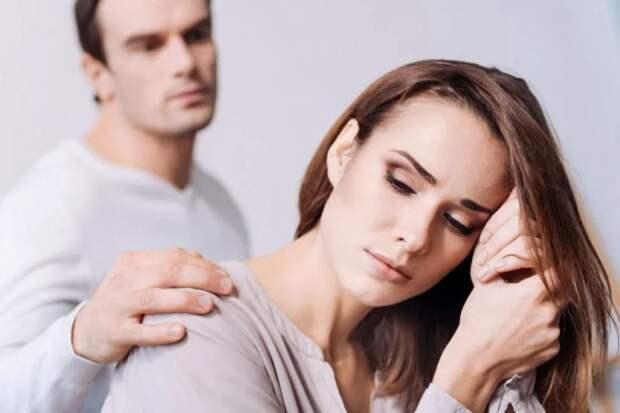 Муж упрашивает жену сделать тест ДНК для мамы, которая вбила себе в голову, что ребенок приемный