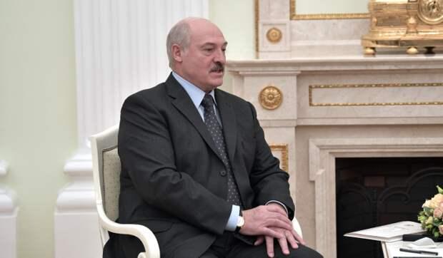 Лукашенко связал развитие Белоруссии с успешной работой КГБ