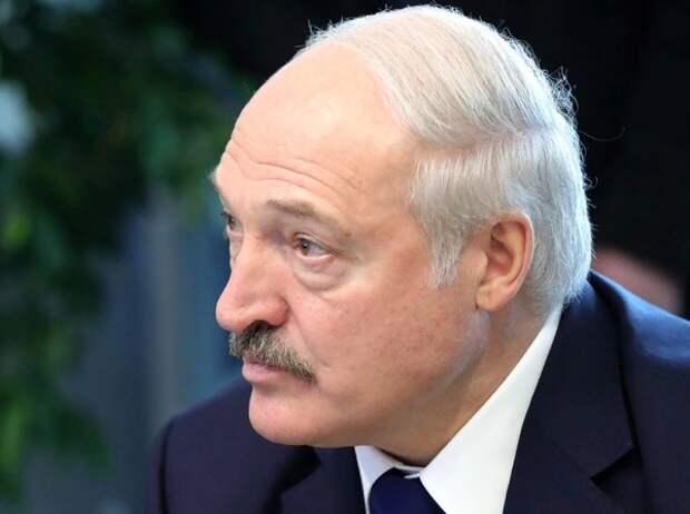 Лукашенко пригласил глав других государств на парад Победы в Минске