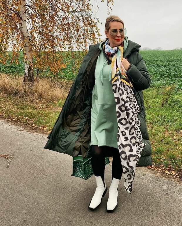 Пуховик с платьем или юбкой - модный тренд: как носить пуховик с юбкой, чтобы выглядеть привлекательно