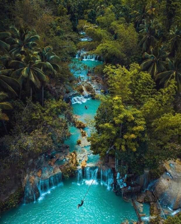 Отдых на водопаде