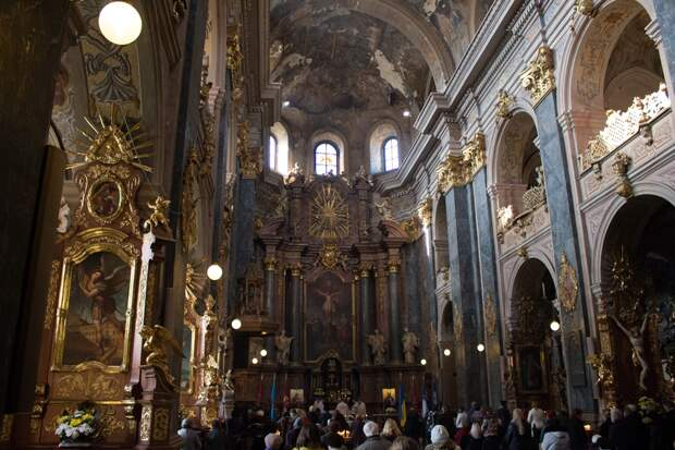 Костёл иезуитов во Львове