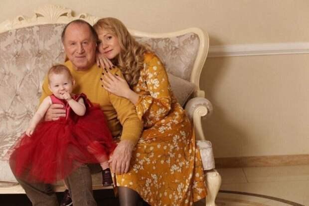 Судьба Владимира Стеклова: 4 брака и позднее отцовство