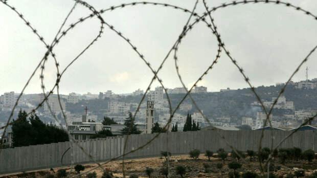 Более 150 палестинских заключенных в израильских тюрьмах объявили голодовку