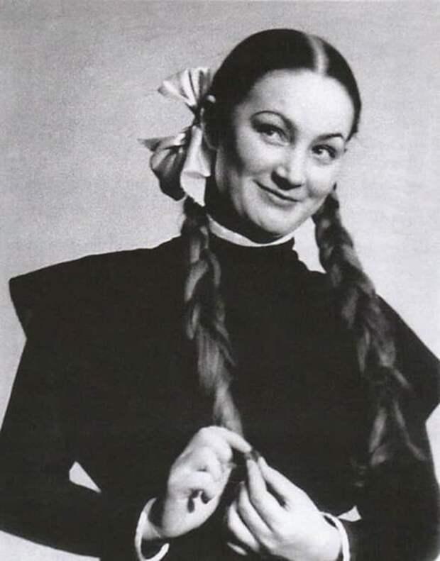 Фото: biographe.ru (юные годы советской актрисы)
