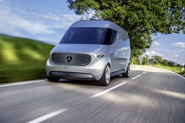 Оператив ЗР: фургон Mercedes-Benz без руля и педалей