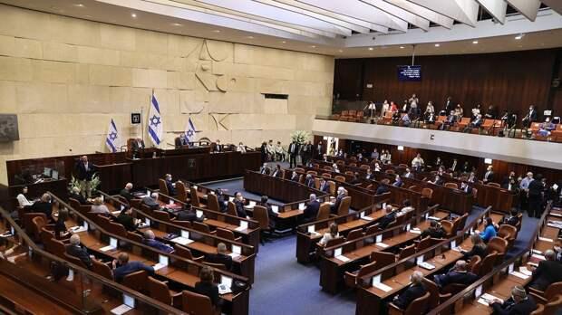 Яир Лапид будет собирать правительство Израиля. Чего ждут от главного конкурента Нетаньяху?