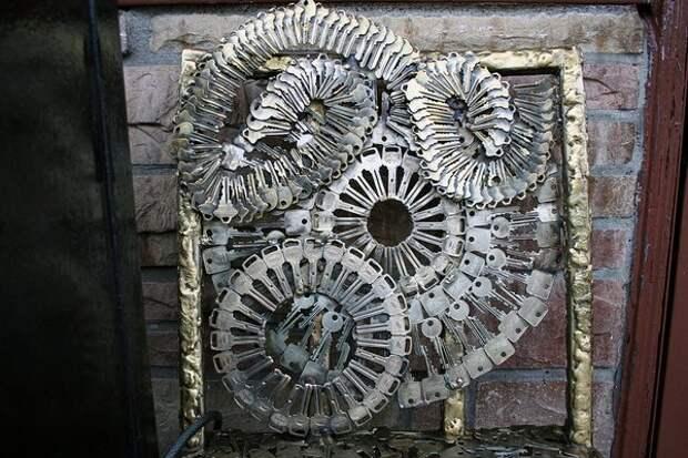 Мозаика из ключей (20 фото)