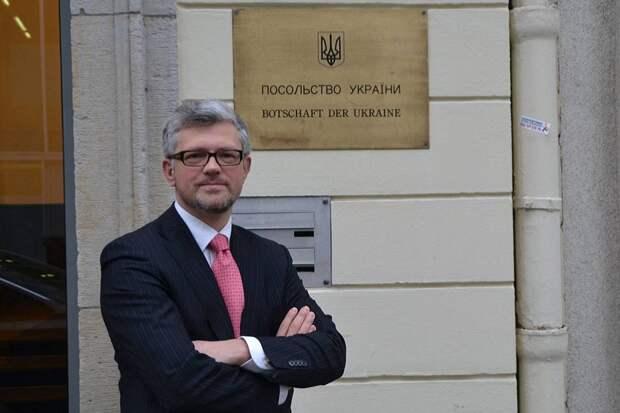 Посол Украины в ФРГ вдруг уцепился за советскую историю страны