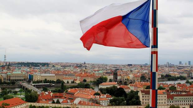 """В Праге опасаются последствий """"позорного"""" ультиматума Чехии в адрес России"""