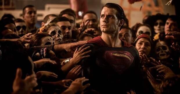 Зак Снайдер обвинил Warner Bros. в ненависти к его фильму