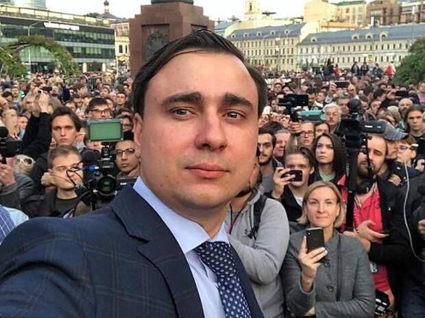 «Дождь»: Жданов и Волков опровергли сообщения о переезде студии «Навальный Live» в Грузию