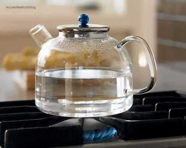Почему нельзя кипятить воду дважды? ☝