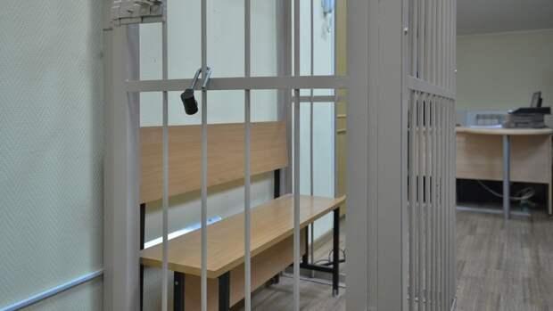 Бизнесмену Шпигелю продлили арест на три месяца по делу о взяточничестве