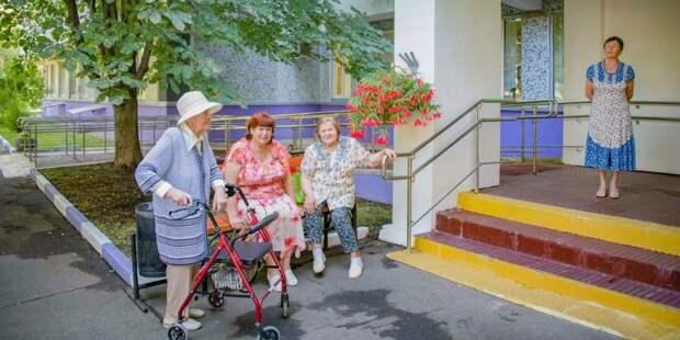Помощников по уходу в столичных домах-интернатах переобучат по новой уникальной программе. Фото: Е. Самарин mos.ru