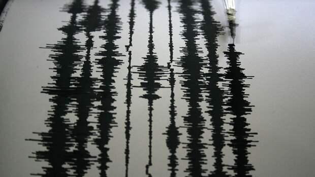 Землетрясение на Сахалине оставило трещины в стенах местной школы