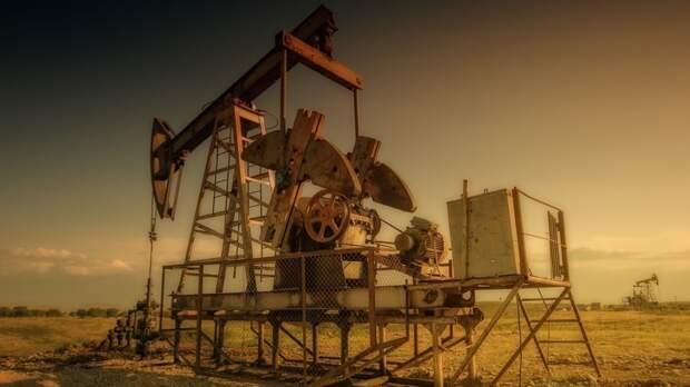 Saudi Aramco снизила цены на свою нефть из-за коронавируса